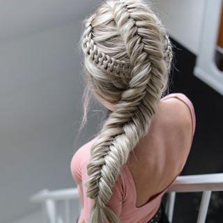 Nina Starck🇩🇰 HAIRSTYLES