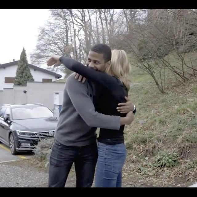 #throwbacktuesday J'ai offert une Tesla à ma mère pour Noël... Vidéo complète sur YouTube ;)