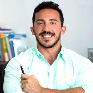 Dr. Rodrigo Moreira