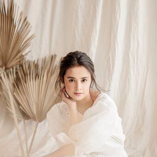 Michelle  Ziudith  w