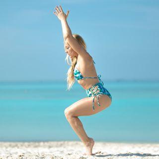 Naked Yoga Teacher 📍London