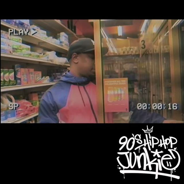 "First up #hotornot we got @bizzy_smalls coming outta Brooklyn with his visual for ""Come Fly With Me"" Make sure to drop that comment ya 🔥 or 👎and check out his Sunday Dinner segment tonight at 7pm est time!! . . #90shiphopjunkie #kingsofourculture #legendsneverdie #hiphoplives #lyricsstillmatter #nomumblerap"