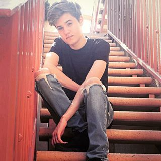 Tanner Massey | Singer