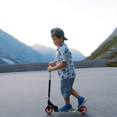 Happy birthday Carl Jonas 🥳🥳 We are so proud of you, and love you so much❤️ Amazing video from last year when you raced down Trollstigen on your scooter💥😎 #itsDmoment ▫️ ▫️ ▫️ ▫️#norge #birthdayboy #mountains  #dronephoto #mavicpro #djimavic #norway🇳🇴 #norway  #mittnorge #stedervielsker #mavic  #møreogromsdal  #mittvestland #scooter #trollstigen #trollstigenroad #racing @stedervielsker @mittnorge @mitteventyrland @vgnett @hjerteforromsdal @nrkmogr @nrk @dagbladet