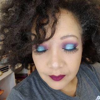 LuuLuu Writer/Beauty Junkie