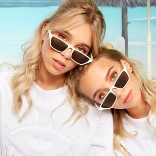 Lisa and Lena | Germany®