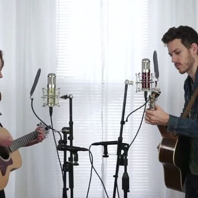 """Happy Monday! To see our full cover of """"I Won't Back Down"""" by @tompettyofficial click the link in our bio ✌️ . . . . . . #tompettyandtheheartbreakers #tompetty #iwontbackdown #coversong #acousticduo #acousticguitar #acousticcover #duet"""