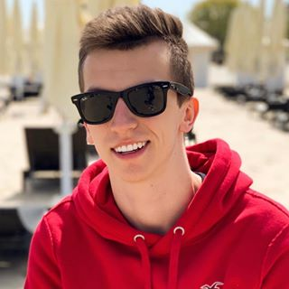 Karol | 21 | Poland | YouTuber