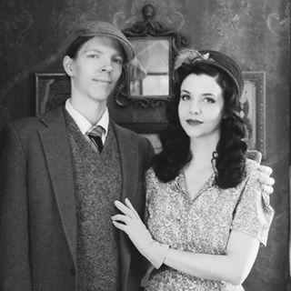 {Lindsay+Jonas' Charming Life}