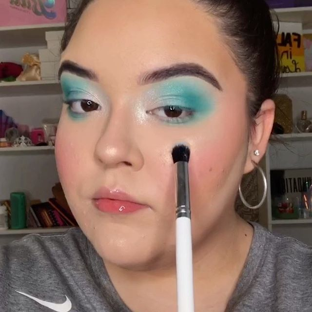 Hi loves! I love this audio so much. Just a reminder that makeup is a creative outlet and not just to create a mask. We all are beautiful and don't put on makeup to impress anyone but ourselves. Makeup is a form of art and way for us to express ourselves 🖤 @lauramercier Hydrating Primer @benefitcosmetics Precisely My Brow Pencil-3.75 @celestelosangeles Flare lashes (DC: OLIVIA10)  @hudabeautyshop Mercury Retrograde palette  @anastasiabeverlyhills Vol 2 Palette + Vegas Highlighter @colourpopcosmetics Creme Gel Liner + White No Filter Concealer  @milkmakeup Flex Foundation Stick in Vanilla + Fair Flex Concealer + Tattoo Stamp #studiofamflexhydro  #abhlashes #colourpopme #anastasiabeverlyhills #norvina #undiscovered_muas #makeupartistsworldwide #bretmansvanity #wakeupandmakeup #euphoriamakeup #artistcouture #studiofam #beautywithin #tiktokmakeup #makeuptutorialvideo #creativemakeup #tiktok #morphebabe #tiktokmakeup #tiktokchallenge #tiktokvideos #muasfeaturing #makeupisart #maquillajehalloween #makeupofinstagram #makeupoftoday #wakeupandmakeup #underratedmakeup #tiktokgirls #tiktokqueen #tiktoktrending
