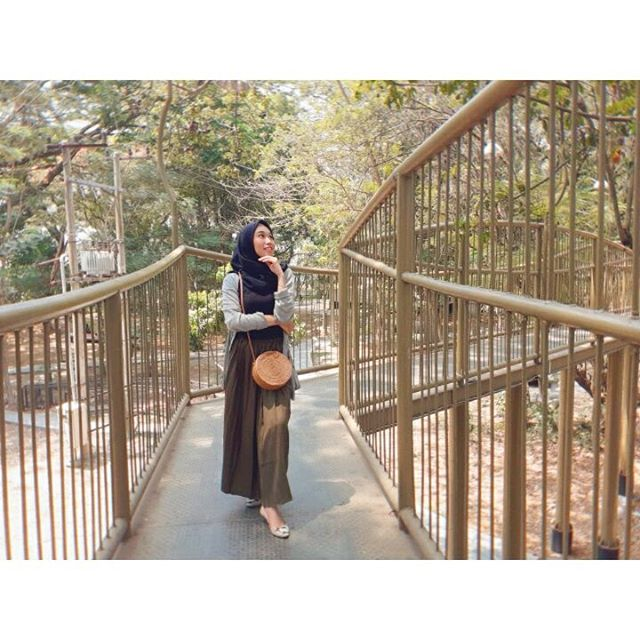 Self Love❤ I'm sorry and i love you  You deserve to be happy Terima kasih Aku • • #kontenhijab#ootdhijabnusantara#worldoothijab#hijabkeren#hijabindotraveller#hijabtraveller#ootdhijabindonesia#travellerindokece#hijabindotraveller#ootdhijabindo#ootdhijabers#trenhijabootd#dalilyhijabootd#dailyhijabstory#ootdskirthijab#hijabersindonesia#dailyhijabstyle#hootdindo#hijabootd#ootdhijabcasual#hijabstyleindonesia#hijabersideas#lookbookhijab#inspirasihijabstyle#hijabstylebyme#modelhijabindo##modelhijabindo#lightroom#meitu#picsart#vsco#like4likes