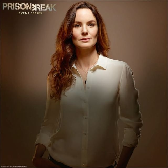 The ghosts of Sara's past aren't quite done with her yet. #PrisonBreak