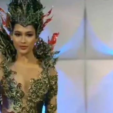 National Costume Miss Universe Indonesia @frederikacull . . #MissIndonesia #Missuniverse #MissuniverseIndonesia2019 #Indonesia #Missuniverso #MissUniverse2019 #USA #Love #MissUniverseIndonesia #Atlanta #PuteriIndonesia #Frederikacull #puteriIndonesia2019 #Georgia #freddieisready #FrederikaAlexisCull