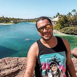 Rafael Garcia  •Travel•