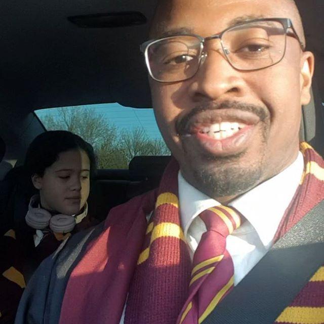 Today We are in London following in the steps of Harry Potter 😍🧙♂️🇬🇧🇬🇧🇬🇧 . . . #happyweekend #bucketlistfamily #beautifulgirls #harrypotter #london🇬🇧 #uk #familyadventure #familjresor #readysetgo #resa #pappastjej