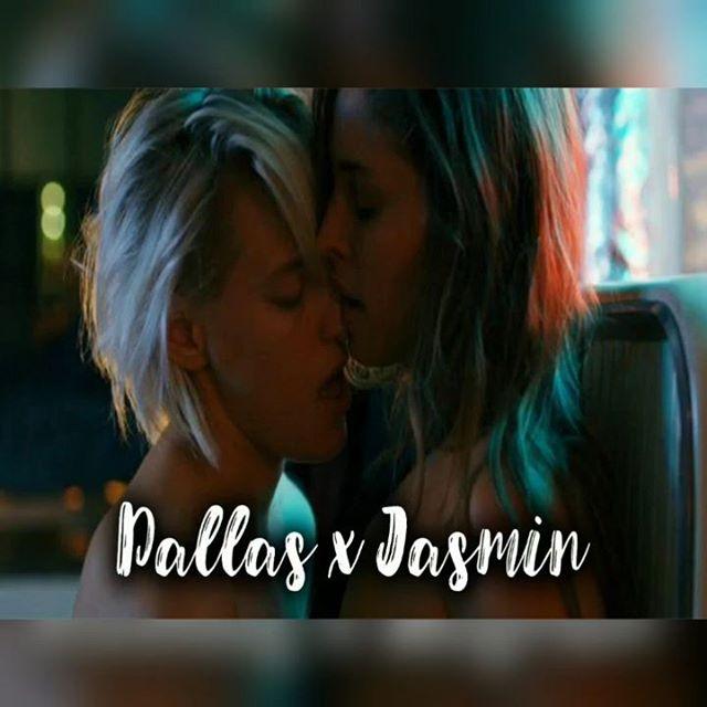 Dallas x Jasmin  from below her mouth Music: Far From Home - Sam Tinnesz  Produced by Tommee Profitt ⠀ Full Video: https://www.youtube.com/watch?v=2aYVcS1lvks ⠀ #videocouple #rainbow #lesbiancouple #EmptyVinyls #lgbt #lgbtcouple #lgbtvideo #lesbiankiss #lgbtrussia #lgbtpride  #lgbtcommunity #belowhermouth #dallas #ErikaLinder
