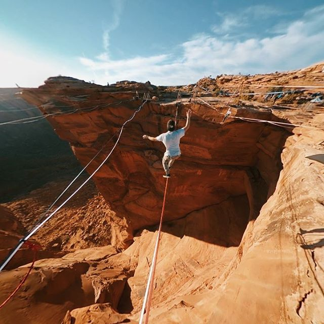 Always plenty of entertainment to go around at GGBY. @kylor kicking off the clip with a whip . . . #ggby #ggby2019#gopro #gopromax #slacklife #exploreourearth #untoldvisuals #passionpassport #visualambassadors #beautifuldestinations #stayandwander #travelawesome #agameoftones #artofvisuals #shotzdelight #earth_shotz #eclectic_shotz #earthpix #visualsoflife #adventurepic #liveoutdoors #thevisualcollective #adventureculture #goodvibes #rei1440project #exploretocreate @ggby_fest @gopro