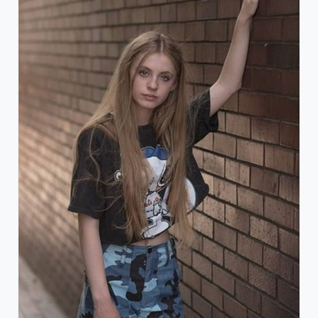 Welcome to the Jungle...well the concrete one! . . . . Photography @jannesphoto Agency @mykidsagency @teenpromo Trousers @urbanoutfitters  Top @popboutiquelondon . . . #urban#urbanoutfitters#fashionshoot#fashionedit#editorial#fashionmodel#ukmodel#fashionphotography