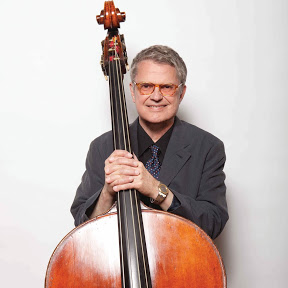 Charlie Haden - Topic