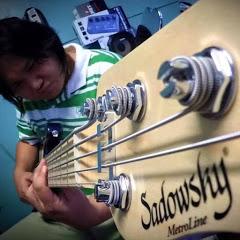 Keng Bassist