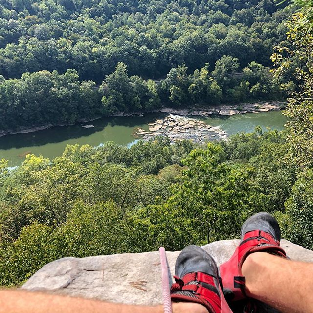 What an awesome weekend! Ended it with this amazing view from the top of Cotton Club. ⭐️⭐️⭐️⭐️👍👌📷💯 #climbing #sportclimbing #rockclimbing #newrivergorge #alwaystopitout