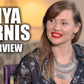 Anya Garnis - Topic