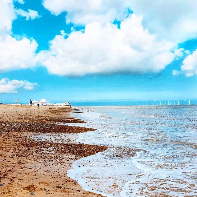 ☁️☁️ Bring back the blue skies ☁️ ☆Have a great week☆ ~ ~ ~ ~ ~ ~ ~ ~ #seaside #seashore #seaview #beautifulsky #beaches #blueskies #beautifulplaces #awesome_earthpix #awesome_shots #earthpix #worldplaces #clouds_of_our_world #instasky #travel_captures #summermood #summerday #bestvacations #europe_vacations #instasea #instabeach #kadraj_arkasi #bestnatureshot #bestofday #bestphoto #followformore #fantastic_earth #sky_brilliance