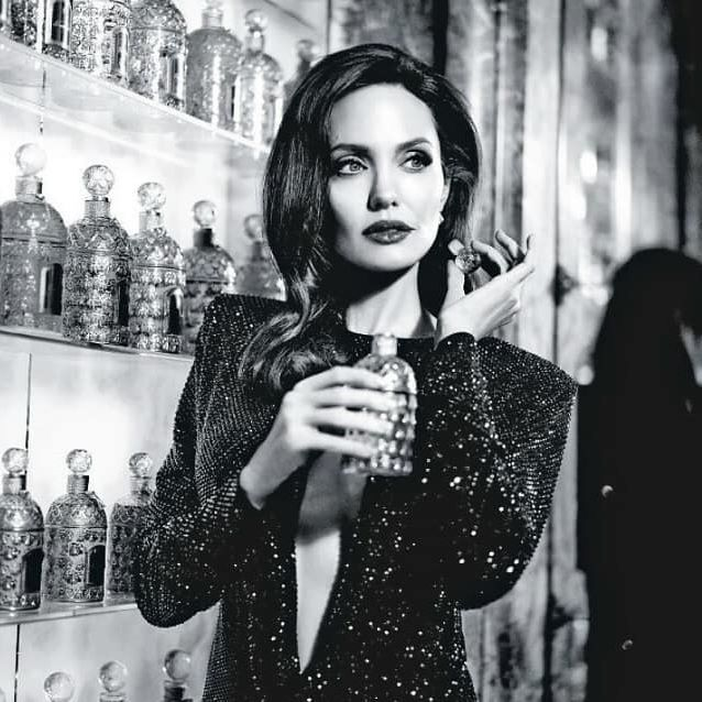 Angelina Jolie at the Guerlain Store in Paris, France.  #angelinajolie, #guerlain, #monguerlain, #paris, #france, #fragrance, #parfum