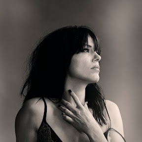 Imelda May Official