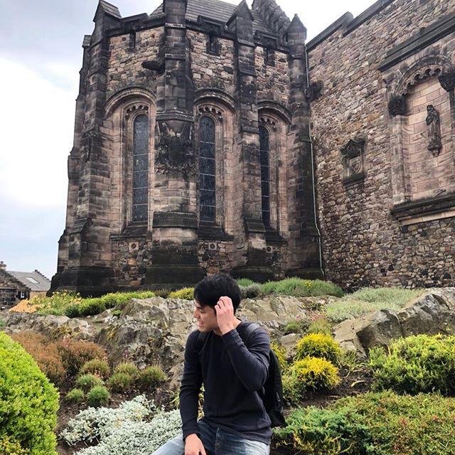 🌥🍃🏰 #edinburghcastle #scotland #uktrip