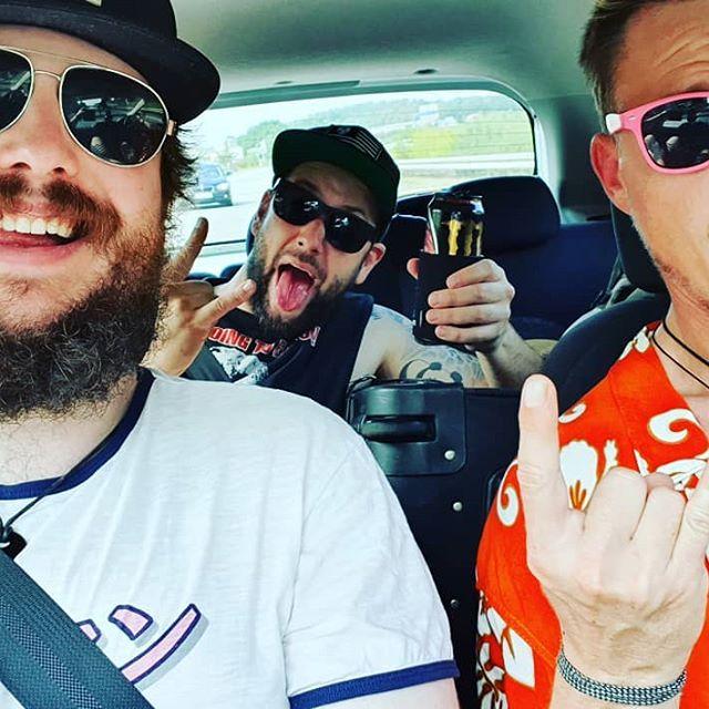 Retro Maniacs on the way to @butfilmfestival  Insanity incoming!!! See us live, Friday 8PM 'Liebeslager der vergessenen VHS' #but #roadtrip #autobahn #netherlands #bmovie #underground #trash #vhs