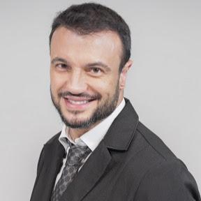 Dr. Adriano Medeiros