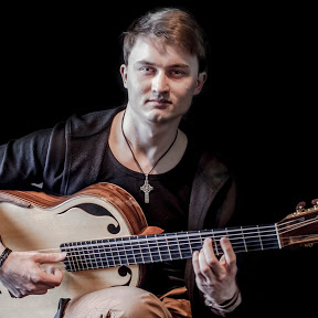 Lukasz Kapuscinski - Guitars & Dragons