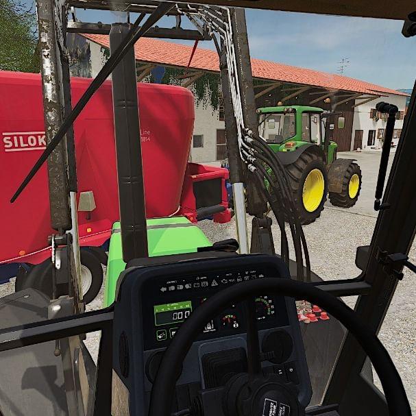 Kühe auf der Holzer füttern. Video incoming 🤩 #agrarplay #ls19 #fs19 #deutz #realismisking #instafarming #farmsim #farmlife #farm #instagram