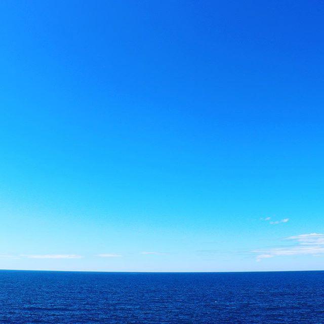 何気、初海。写真ムズカシイ。写真タノシイ。めっちゃアオイ。#一眼レフ #ファインダー越しの私の世界 #高校生カメラマン #海 #青