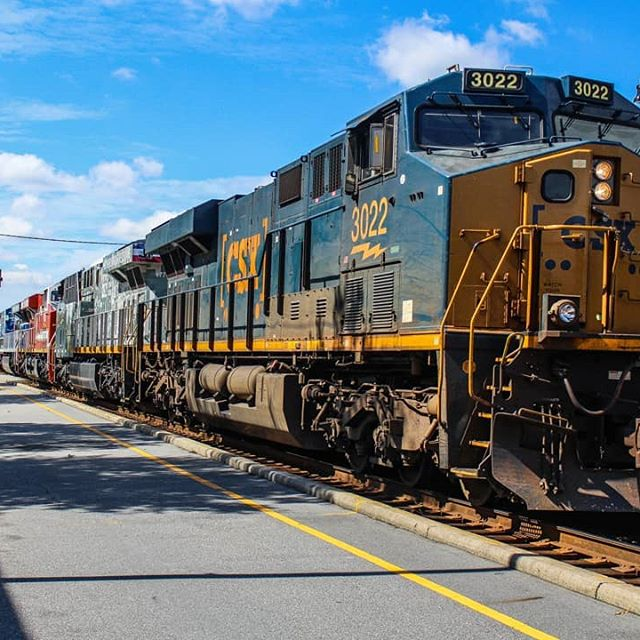 9-6-19 - Here are my shots of CSXT X400-06 with all three Honor Spirit units: CSX ES44AH 3022 in the lead, CSX ES44AH 1776 [Spirit of Our Armed Forces], CSX ES44AH 911 [Spirit of Our First Responders], & CSX ES44AH 3194 [Spirit of Our Law Enforcement], the newest unit. This is definitely a one-of-a-kind rare catch and seeing all of these locomotives together was an incredible sight.  #railsupremacy #trb_express #daily_crossing #pocket_rail #the_loco_shop #train_chasers #jj_theyards #rsa_theyards #rfa_theyards #RLA_TheYards #railways_of_america #star_rail  #gtrailfan_productions #diesel_locomotive_shop #lucky_transports #highgreensociety #allaroundrail #east_coast_rail #trains_featured #railfan_features #RailPhotosUSA #weekly_railfan_features