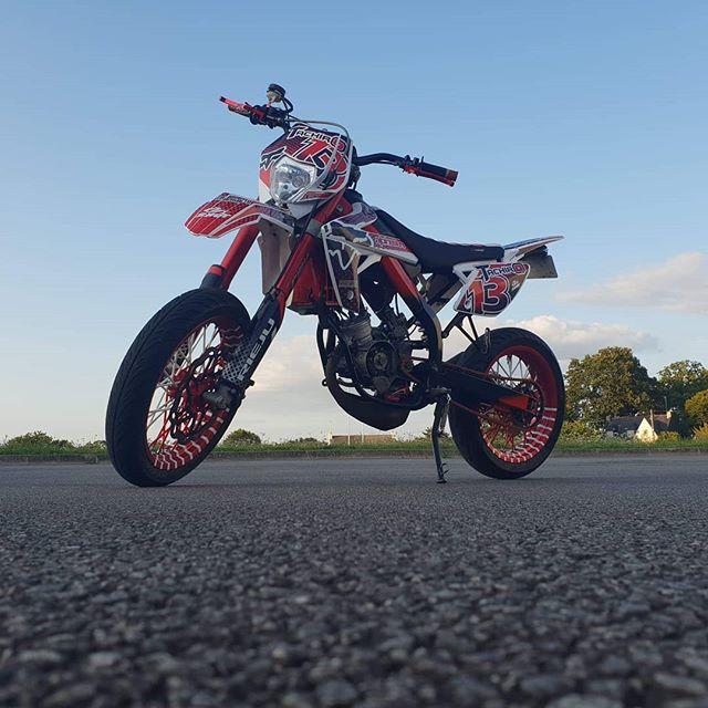 Salut la team, je vous dévoile enfin la nouvelle config, grosse ballade allez voir ça 😉🔥 #moto #50cc #86topalu #86cc #picture #video #tachiro