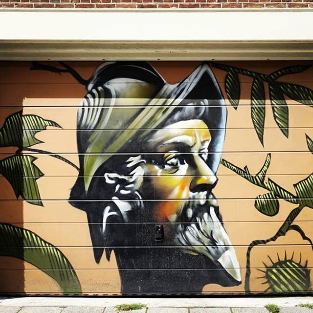Amsterdam street art 💚 . . . #borderlandsoul #photography #art #illustration #drawing #draw #picture #artphotography #artsy #instaart #beautiful #instagood #gallery #masterpiece #creative #photooftheday #instaart #graphic #graphics #artoftheday #sony #alpha6000 #wonder #color #instaphoto #travel #murales #streetart #amsterdam #loveart