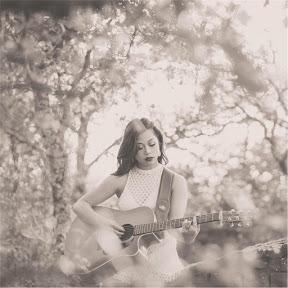 Natalie Mendoza - Topic