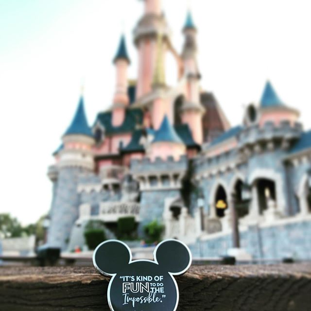 """""""It's kind of fun to do the impossible"""" - Walt Disney  #disney #disneylandparis #disneylandparis2019 #waltdisney #waltdisneyquotes #waltdisneypictures #disneylandpark #disneypins #disneypincollector #disneycastle #disneycastlelove #disneyquotes"""