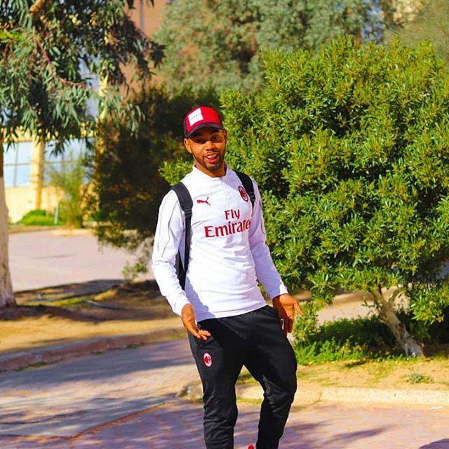 😂😂😂 Take by @me_d88 . #الجزائر #اكسبلور #تعليق #كومنت #تفاعل #شوف_الستوري #لايك #