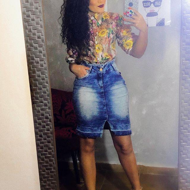 Essa calma na alma é de quem aprendeu que tudo acontece no tempo certo. 🌿🌸 . . . . . . . #look #lookccb #lookdavidareal #moda #moracrista #modaevangelica #ccbbras #ccbnamoda #cristanamoda #mulheresevangelicas #likesforlike #femenina #modafemenina #estilosasccb