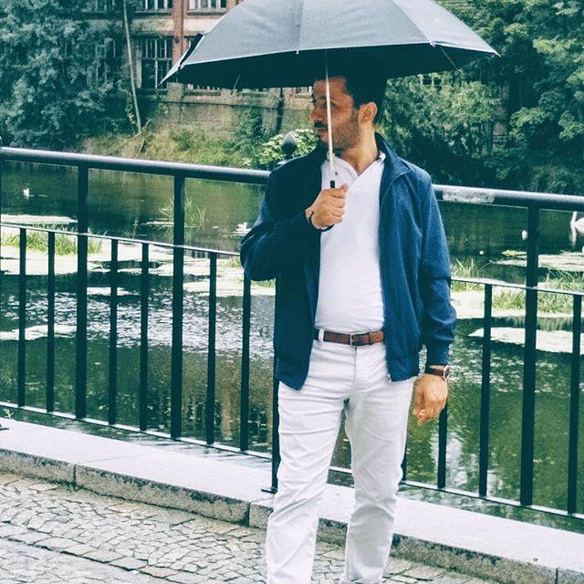 #fotooftheday ☺️ #Görlitz #ambrella start #raining #outfit @youssef.nassif