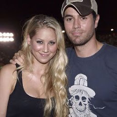 Enrique and Anna Iglesias Official