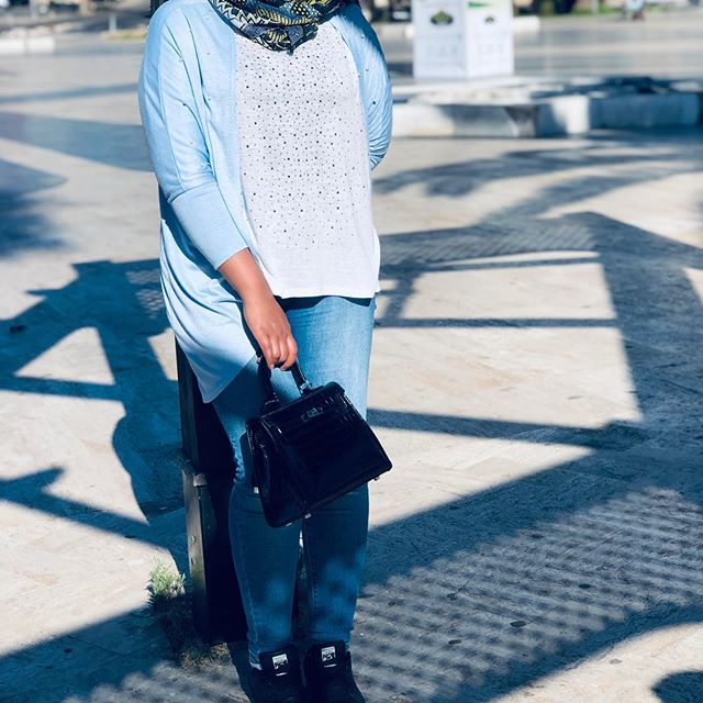 الحياة جميلة فل نعشها كما نريد 🦋.#hijabstyle #hijablove #hijabtutorial #dress #outfitinspiration #blogger #graduation #motivation #makeuptutorial #love #instagood #photography #me #tbt #cute #beautiful #fashion #selfie #fun #friends #smile #summer #likeforlikes