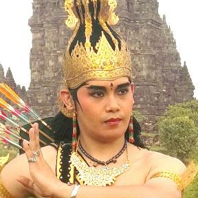sriwisnu dance gamelan wayang