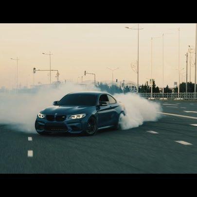 Модели автомобилей BMW с двигателем BMW-Motorsport и спорт-тюнингом называются M2, M3, M4. Обозначаются они эмблемами, соответствующими названию модели. Эти машины оснащены великолепными двигателями, не имеющими много общего со штатными двигателями BMW (зато - очень дорогими в ремонте), специальной подвеской (более низкой и жесткой) #Зарисовки от @tamiiirlan 👤  #M2 @bodjolini 👤 #M3 @mister_kickdown 👤 #M4 @pitbulm4 👤 (Music) The Prodigy-SpitFire
