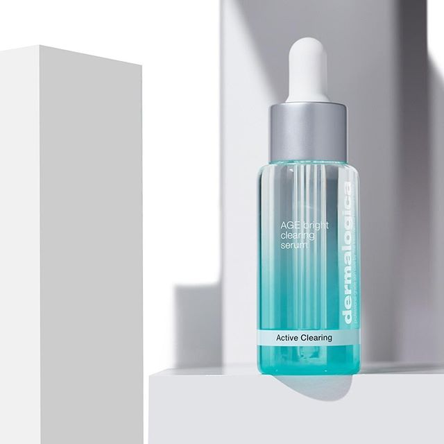 Our unique #AGEBright complex works with your skin's natural microbiome for clearer, brighter skin ✨✨✨  
