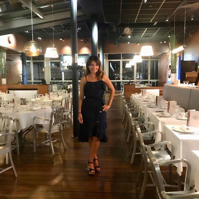 Et voilà  look du jour #casamento #france #bocuse #restaurant #enjoyhelo