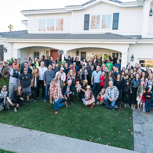 ...and that's a wrap. Thank you to all of the #LifeInPieces fans for watching along with us for the past four seasons. ❤️